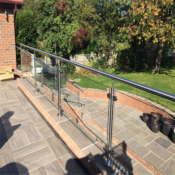 exterior flooring mounted stainless steel post glass balustrade system